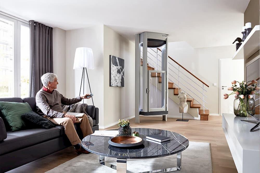 Homelift eingebaut im Wohnzimmer © Liftstar