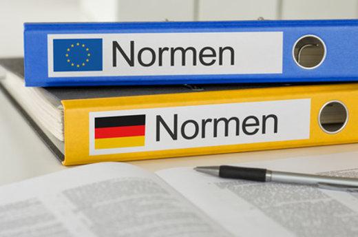 Normen und Gesetze © Zerbor, fotolia.com