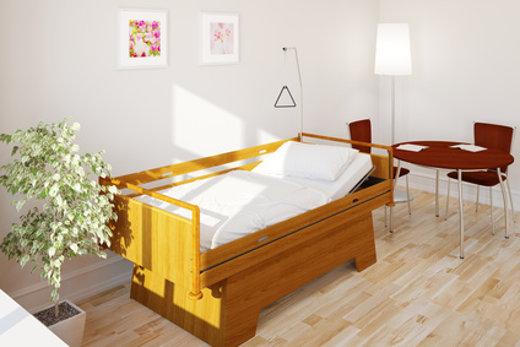Höhenverstellbares Pflegebett © Robert Kneschke, fotolia.com