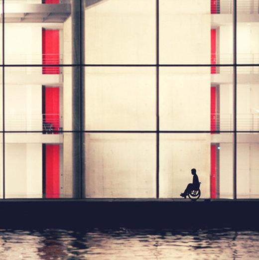 Rollstuhlfahrer © Jenny Sturm, fotolia.com