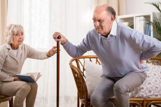 Senior mit Bewegungseinschränkungen © photographee.eu, fotolia.com