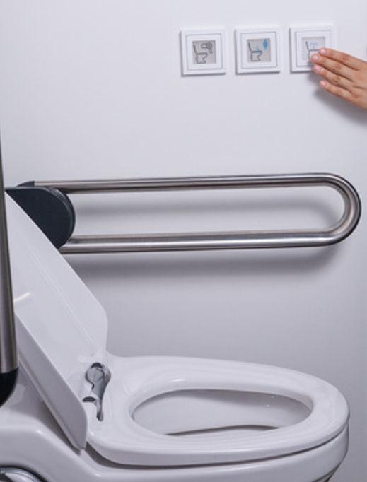 WC Spültaster an der Wand © StudioLaMagica, fotolia.com