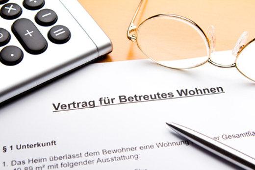 Vertrag für betreutes wohnen © agenturfotografin, fotolia.com